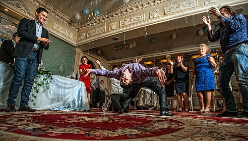 LANG_AUTHORS_PHOTOGRAPHER: Виталий Крюков (krjukovit)